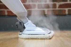 Can I put vinegar in my steam mop