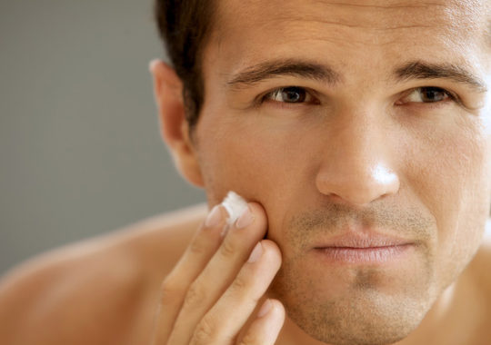 Top 7 Best Anti-Aging Cream For Men (2019 Reviews)