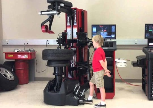 Top 7 best tire changers machine reviews in 2019